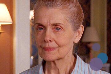 Bild von Mary Beth Peil als Evelyn